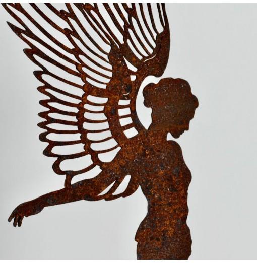 Figura di angelo in ferro...